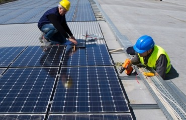 Commercial Solar Panel System Installation